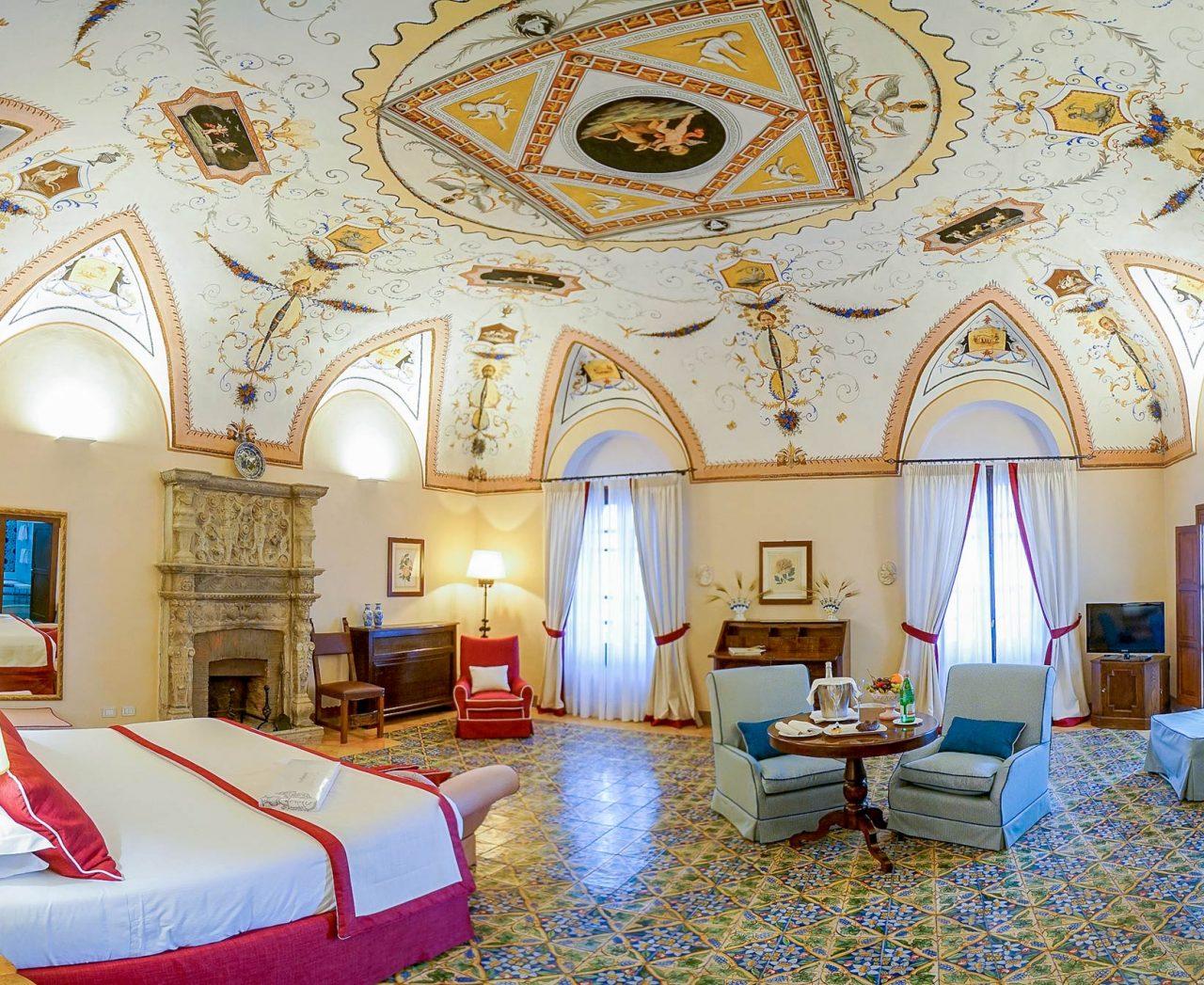 Hotel-Villa-Cimbrone-suite-bg-home